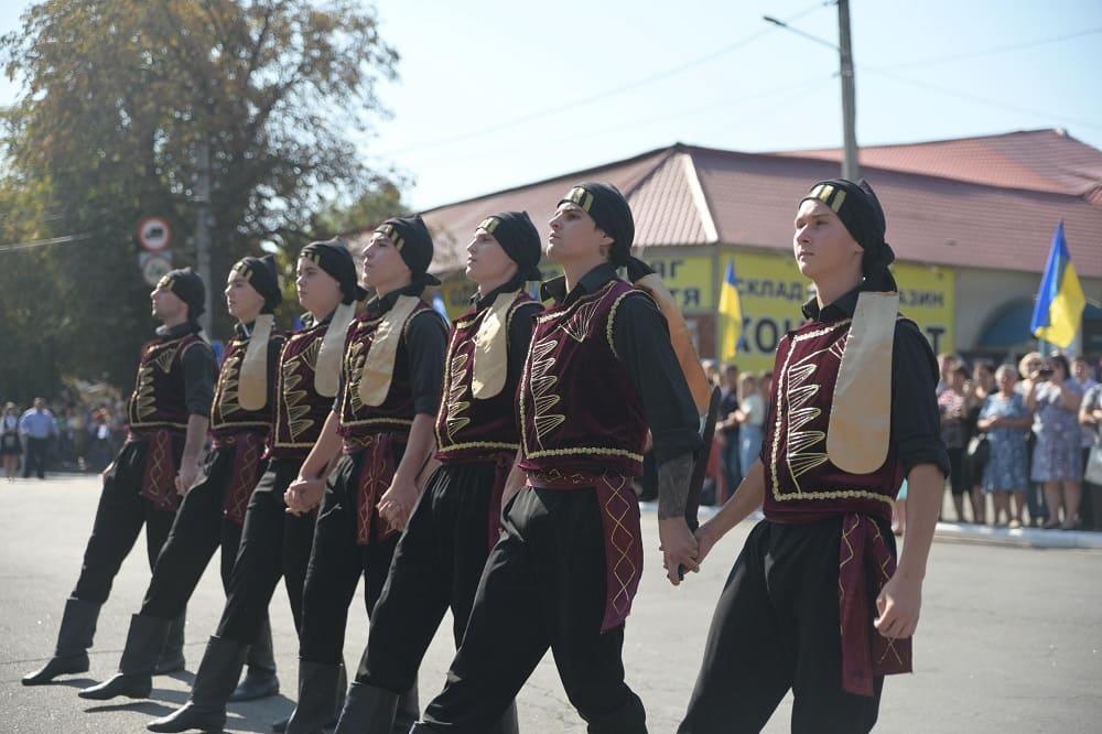 Мужской танец - интересно и красиво / uagreeks.com