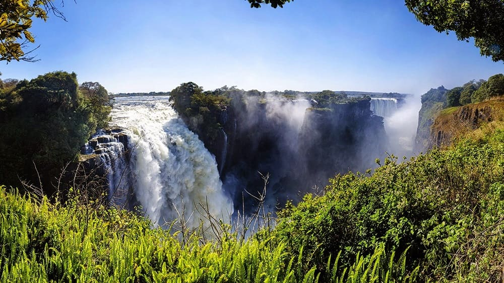 Река Замбези и водопад Виктория - владения бога Нями-Нями / fotovmire.ru
