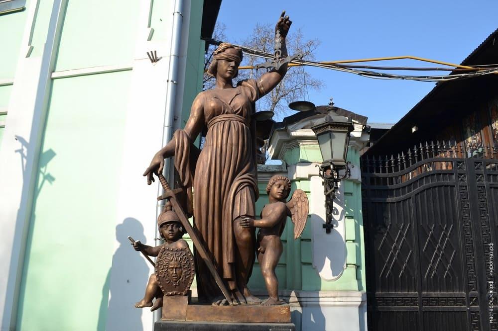Юстиция работы З.К.Церетели установлена в Москве на Большой Грузинской / mirinteresen.ru