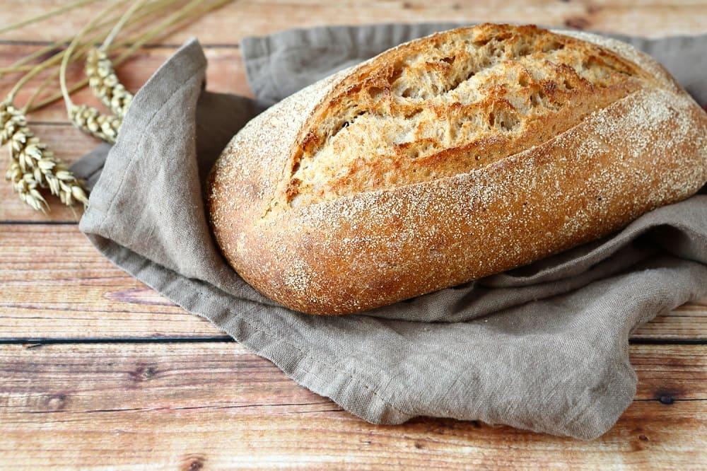 Домашний хлеб, испечённый в праздничный день, благословил сам Велес / vashi-recepti.ru