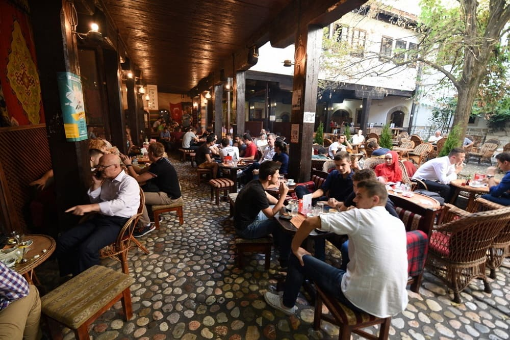 Как утверждают знатоки, в самом лучшем европейском отеле или кафе вы не сможете получить такой хороший кофе, как в последней боснийской кофейне / bosnia.traveller.ru