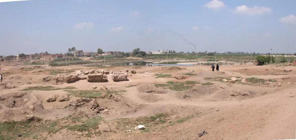 Согласно легендам, Кекроп был основателем столицы четвертого и пятого номов Нижнего Египта - города Саис / egiptomania.com