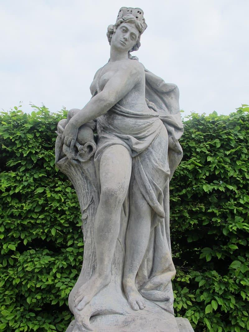 Статуя Геи, матери Кекропа Местонахождение: Усти-над-Лабем, Чехия