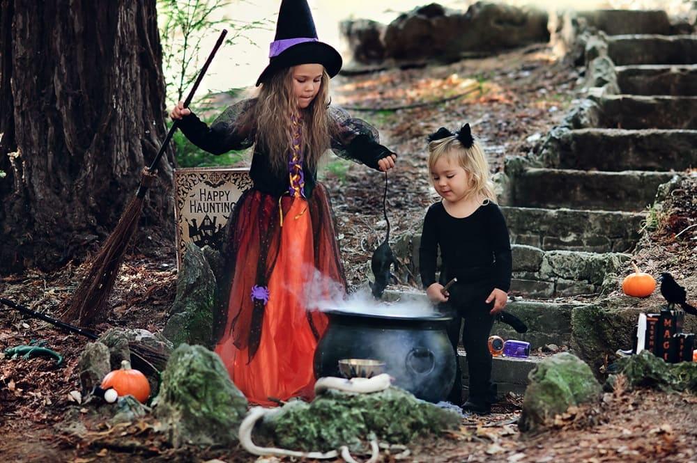 Детям нравится Хэллоуин - ведь можно необычно одеться и не очень хорошо себя вести / hellotraveler.ru