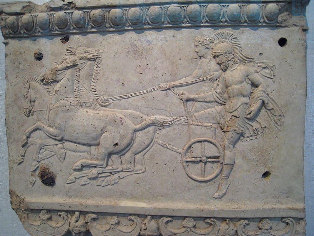Эномай и Миртил в колеснице, барельеф Местонахождение: Метрополитен-музей, Нью-Йорк, США
