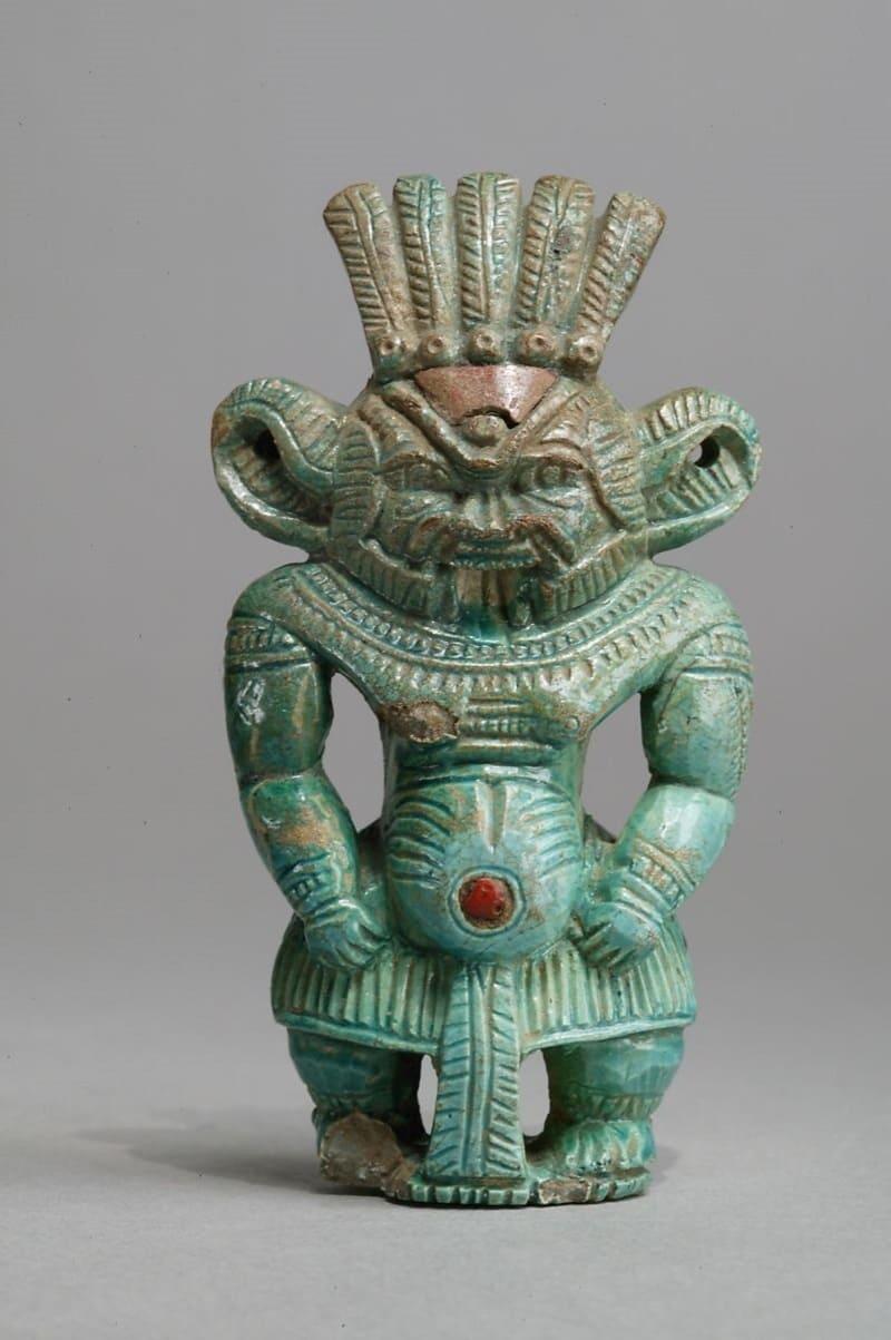 Фигурка Бэса считалась талисманом и оберегом. 1550-1295 годы до н.э. Местонахождение: Музей искусств Метрополитен, Нью-Йорк, США
