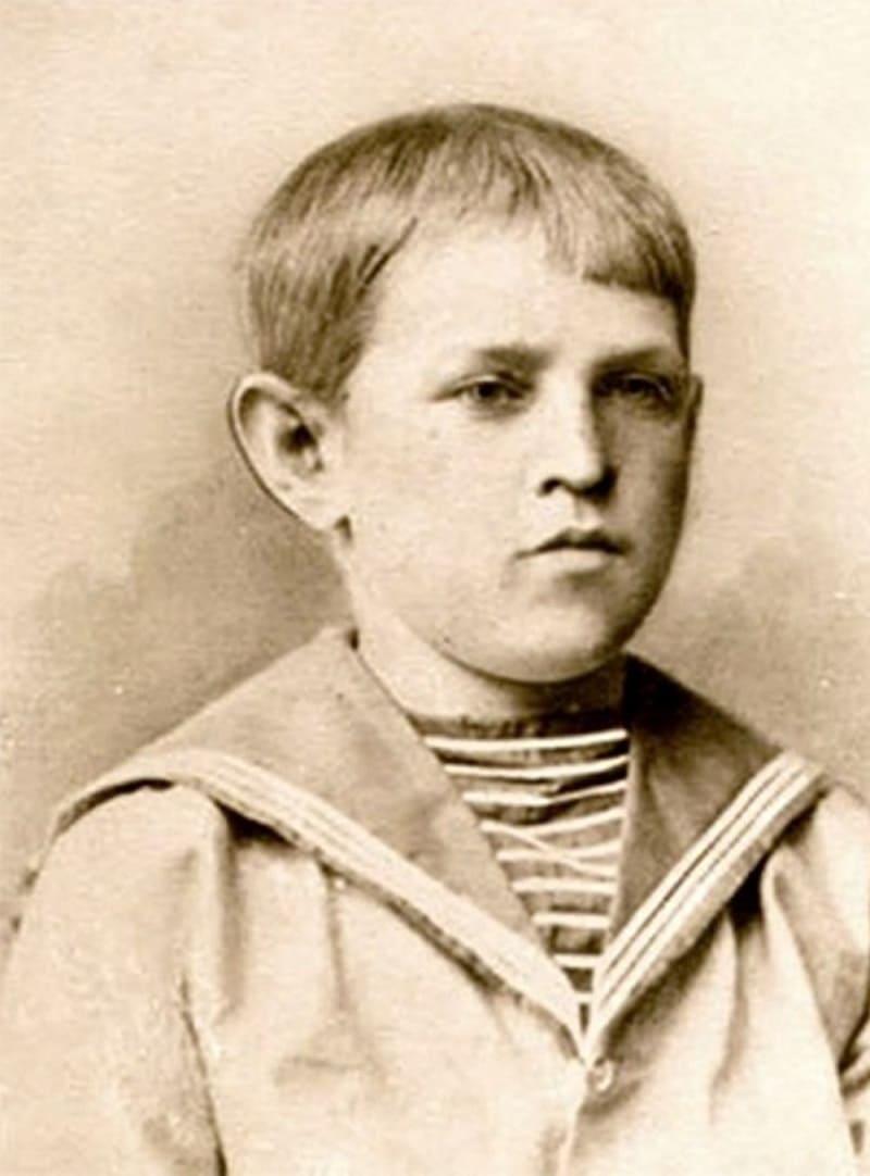 Фёдор Достоевский в детстве