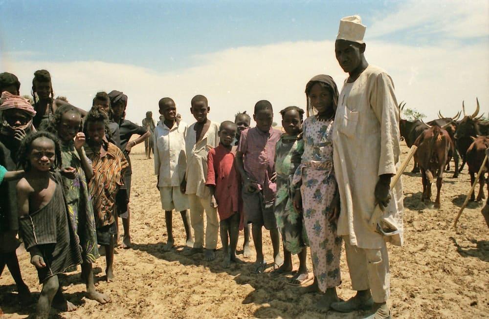 Глава семьи канури со своей женой и родственниками / © Stephen Hall / flickr.com