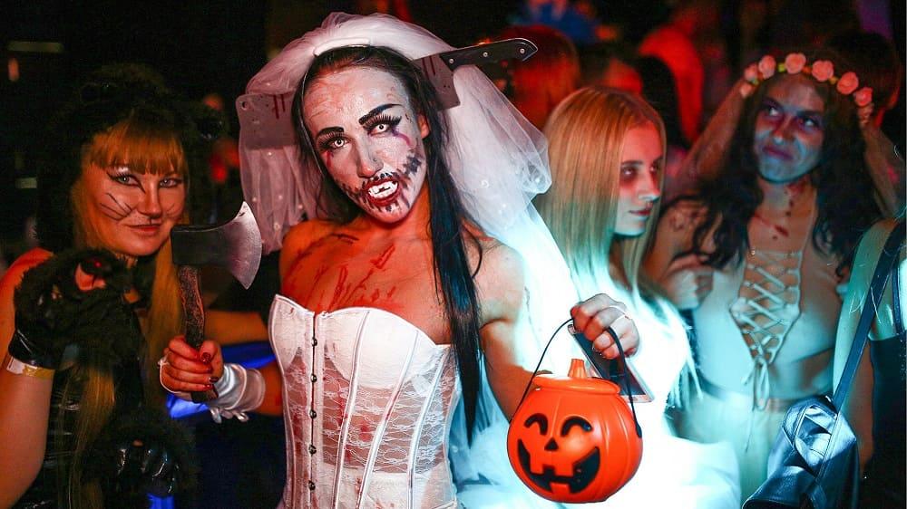 Хэллоуин в России не имеет вековых традиций, поэтому отношение к нему неоднозначное / © Iouri Smitiouk ТASS