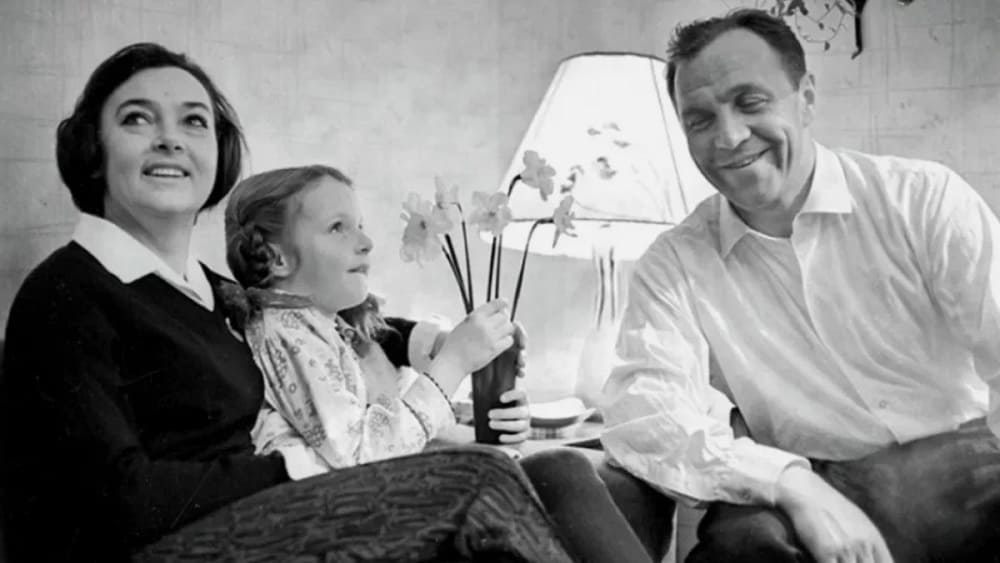 Михаил Ульянов с женой и дочерью