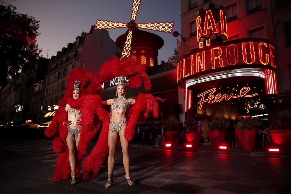 Парижское кабаре «Мулен Руж»