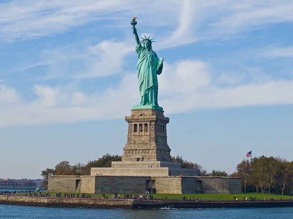 Статуя Свободы, скульптор Фредерик Огюст Бартольди, 1876-1886 годы Местонахождение: Нью-Йорк, США