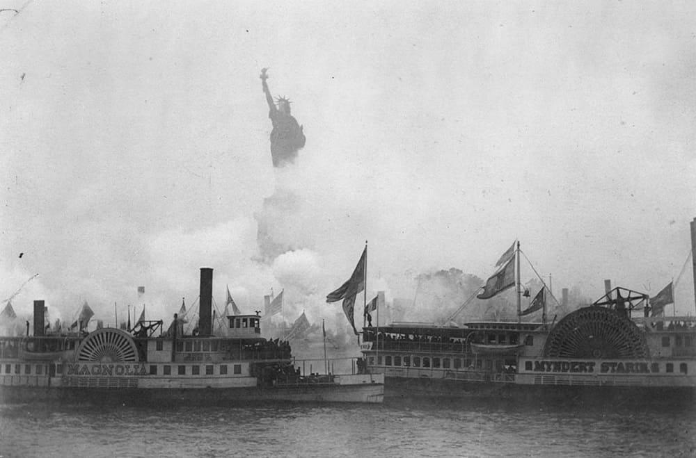 Церемония открытия статуи Свободы в Нью-Йорке 28 октября 1886 года / Библиотека конгресса, Вашингтон, США