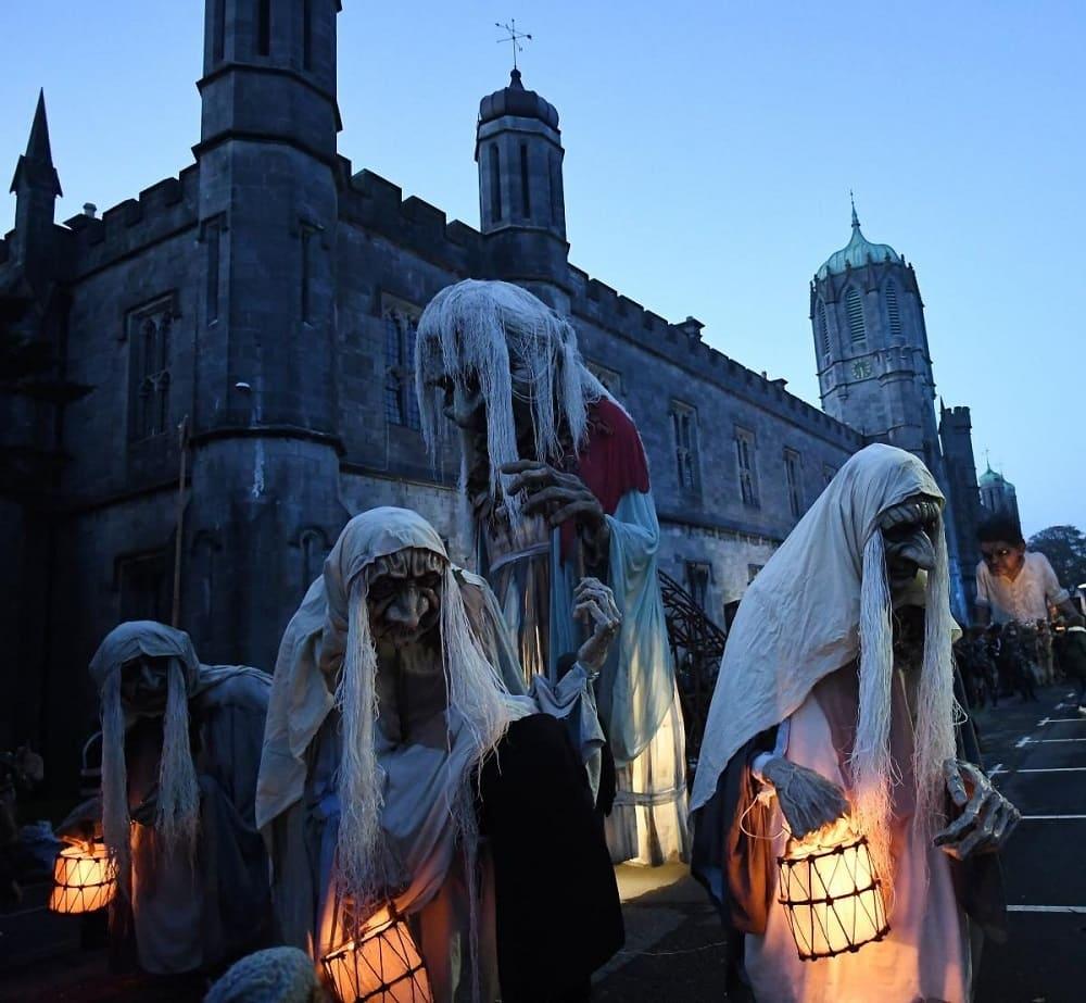 В Ирландии в день праздника на улицах появляются призраки и монстры / © REUTERS / unian.net