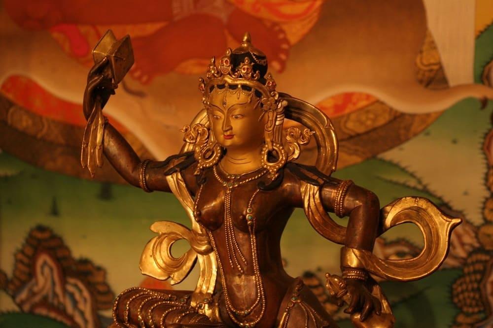 В буддизме наивысшим миром является дэва-лока, мир богов / eshedrugpa.wordpress.com