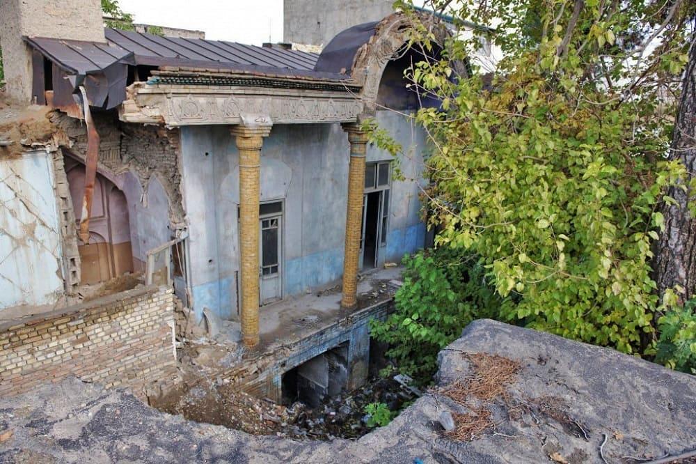 В этом здании, где размещалось российское посольство в Тегеране, по всей видимости, и был убит Грибоедов / litvek.com