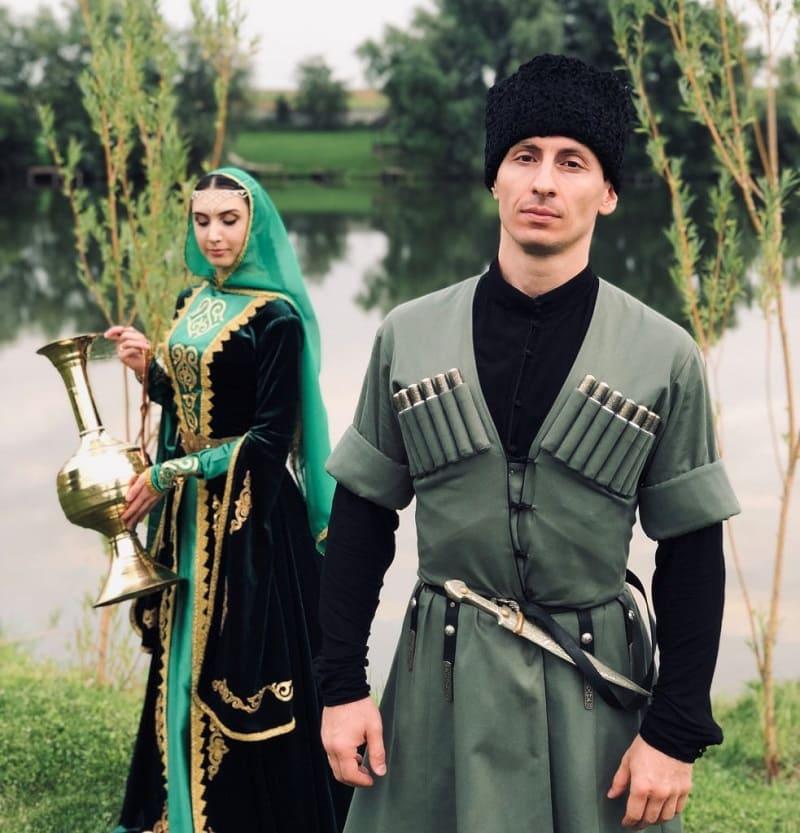 Внешность кумыков может быть разной - от абсолютно европейских черт лица до азиатского типа / almode.ru