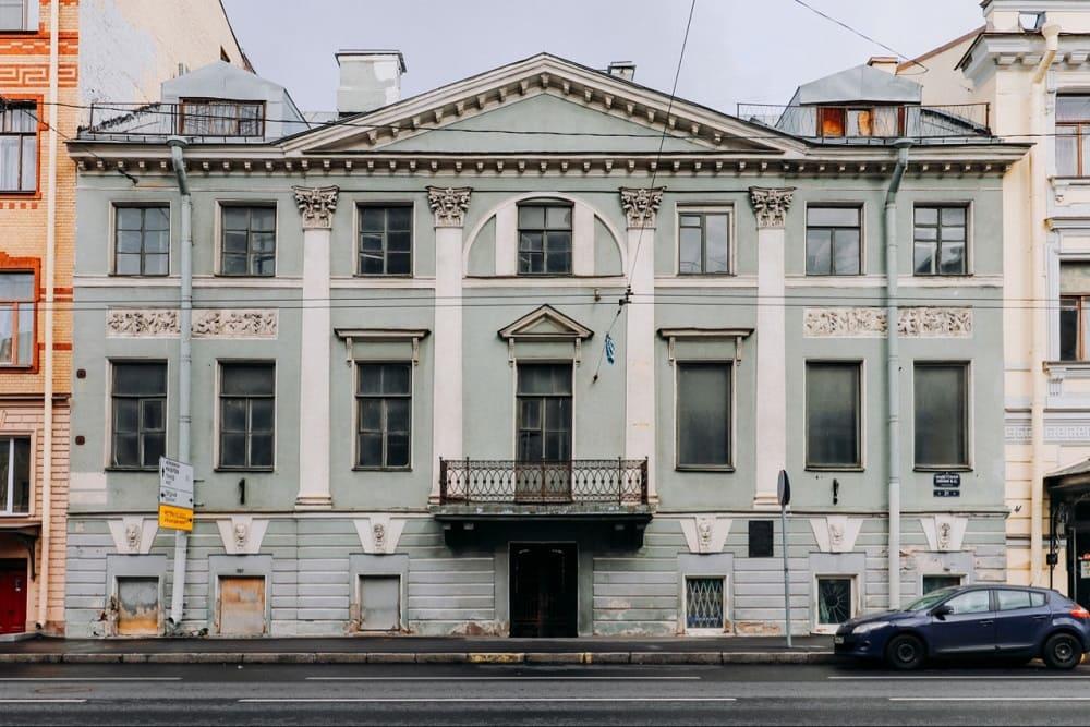 Дом на Кадетской линии, 21 в Санкт-Петербурге, где жил Карл Павлович Брюллов / protect812.com